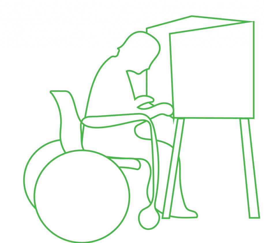 Vežimėlyje judantis žmogus balsuoja