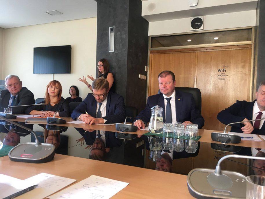 Akimirka iš susitikimo su ministru pirmininku S. Skverneliu