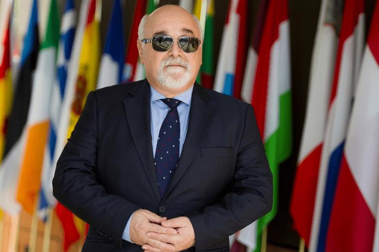 Yannis Vardakastanis